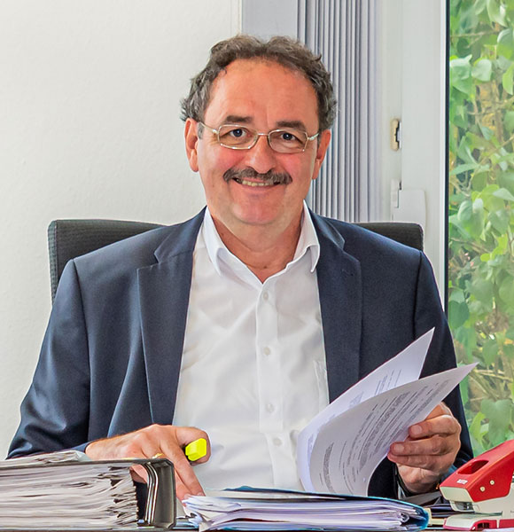 Jochen Schröder ist Geschäftsführer der Die Telekommunikationsgesellschaft Südwestfalen ist Partner der Gesellschaft zur Wirtschafts- und Strukturförderung